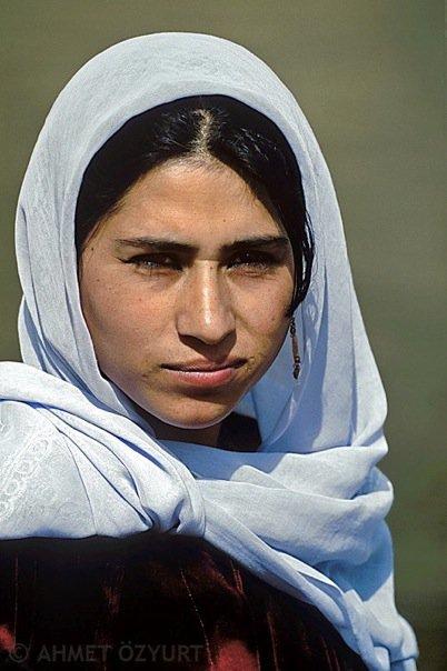 ŞIK VE MÜTEVAZİ Urfa'nın köylerinden şehrin çarşıs